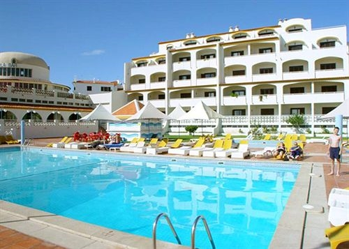 Albufeira jardim apartments cheap holidays to albufeira for Albufeira jardin