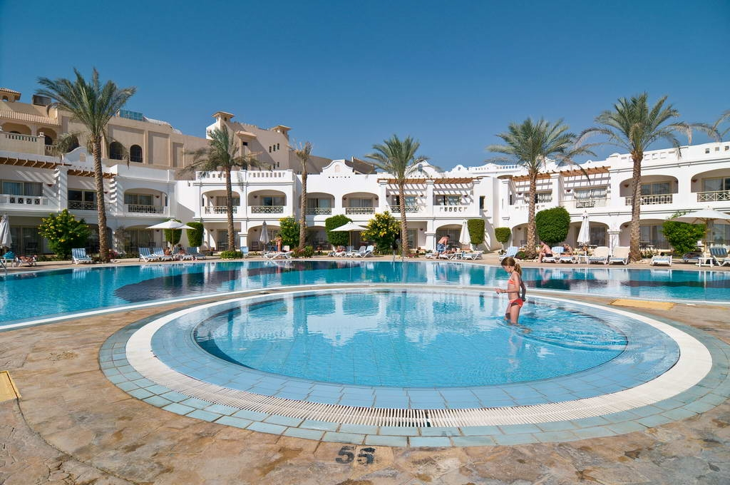 Continental Plaza Beach & Aqua Park Resort + FREE TRANSFERS